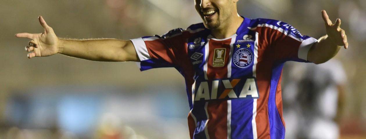 Régis está no Bahia e é alvo do Cruzeiro. Foto: JOSEMAR GONÇALVES/TRIPÉ IMAGEM/ESTADÃO CONTEÚDO
